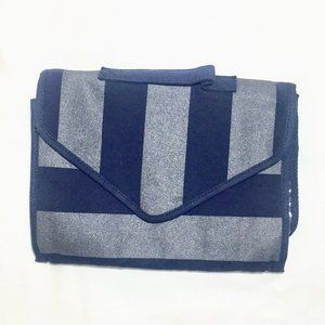 NEW American Eagle Outfitters hanging travel bag